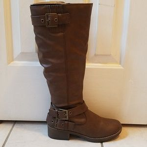 Womens Brown Boots Nwot